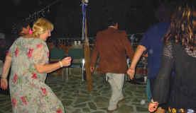 dance_Judy.jpg (67070 bytes)